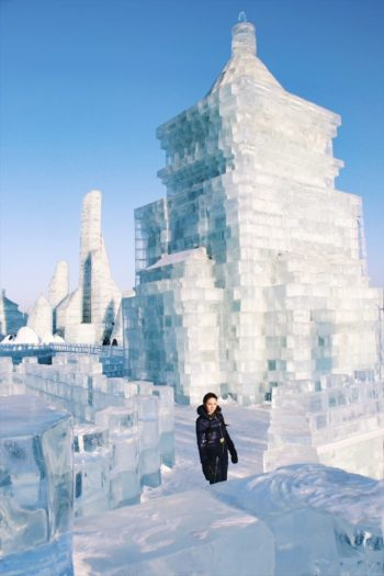 Harbin Ice and Snow World in China, Female Travel