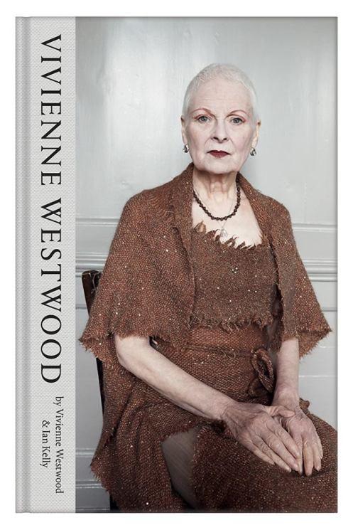 Kortklippt Vivienne Westwood på omslaget till hennes memoarer