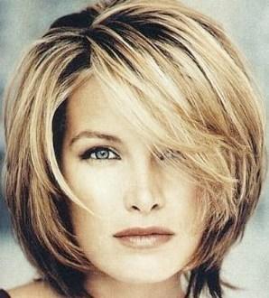 Layered medium hairstyles1