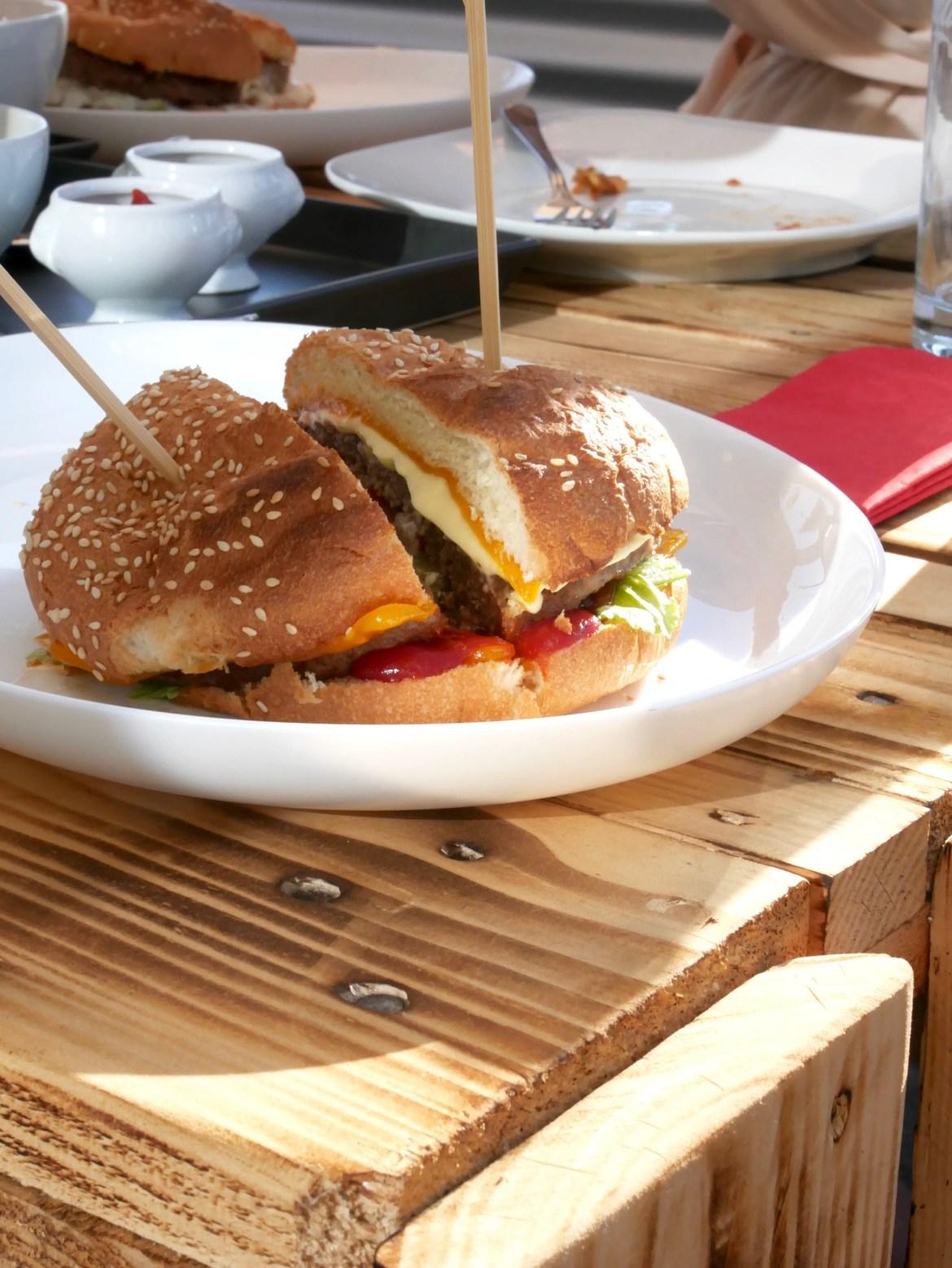 grilloraunt-tellerabgeleckt-foodblog-burger