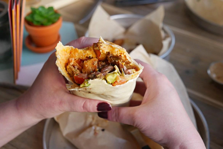 the oak essen burrito