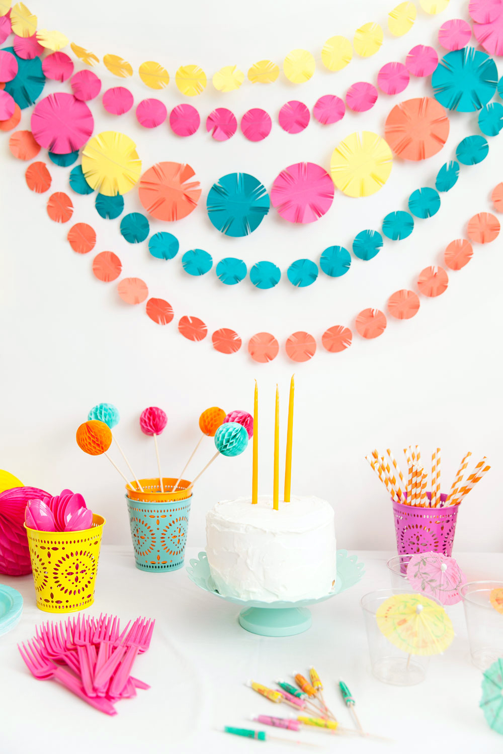 DIY FIESTA PARTY GARLAND tell love and party