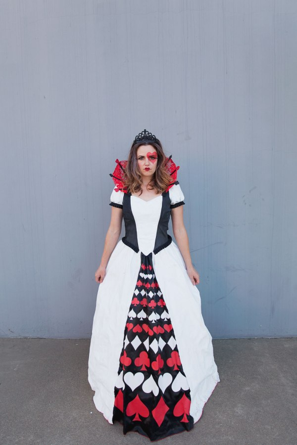 Diy Queen Of Hearts Family Costume - Love And Party