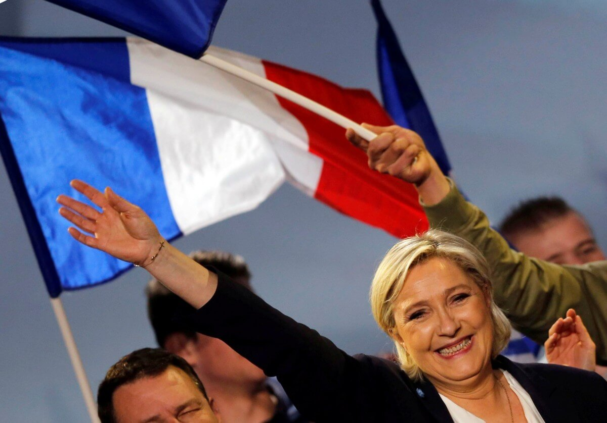 Euro is a 'knife in the ribs' of the French says Le Pen