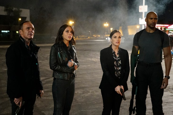 "MARVEL'S AGENTS OF S.H.I.E.L.D. - ""Let Me Stand Next to Your Fire"" - As Ghost Rider's quest for vengeance brings him into an explosive confrontation with S.H.I.E.L.D., Coulson and Mack must rely on an unlikely ally in their time of desperate need; and Daisy reunites with a familiar face to stop the Watchdogs, on ""Marvel's Agents of S.H.I.E.L.D.,"" TUESDAY, OCTOBER 18 (10:00-11:00 p.m. EDT), on the ABC Television Network. (ABC/Kelsey McNeal)"