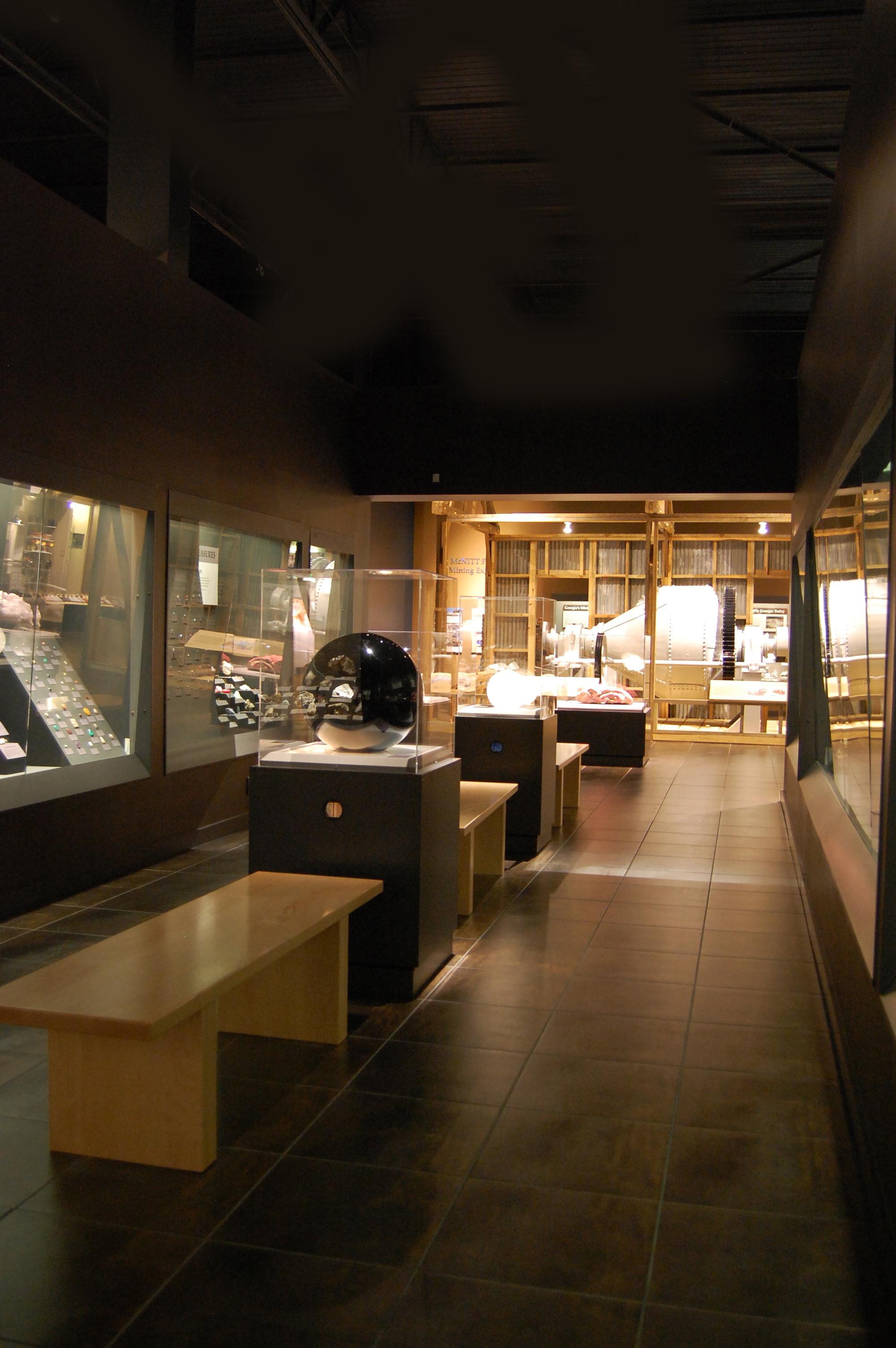 Weinman Mineral Gallery  Tellus Museum in Cartersville GA