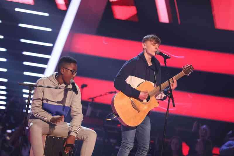 David and Ammani perform.