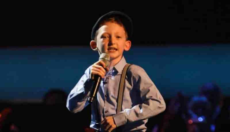 Caillin Joe performs.