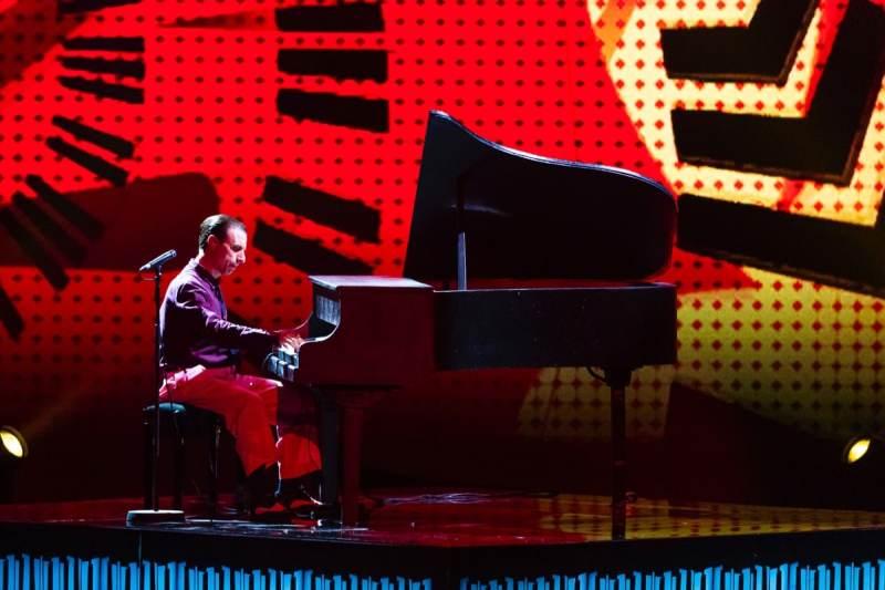 Singer-pianist Antonio Sorgentone.