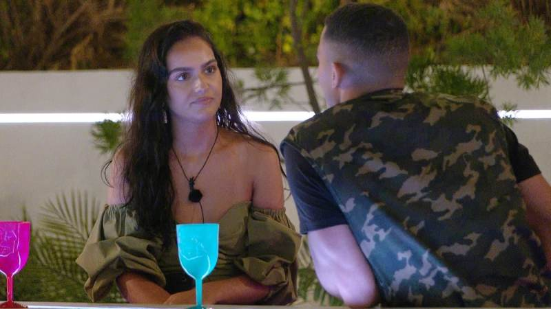Love Island 2020: Connagh Puts Siânnise In The Friend Zone