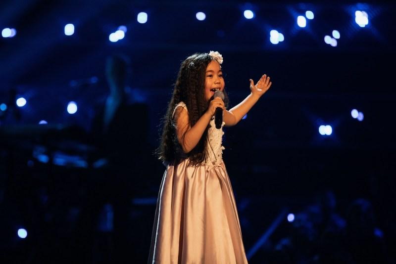 Victoria performs.