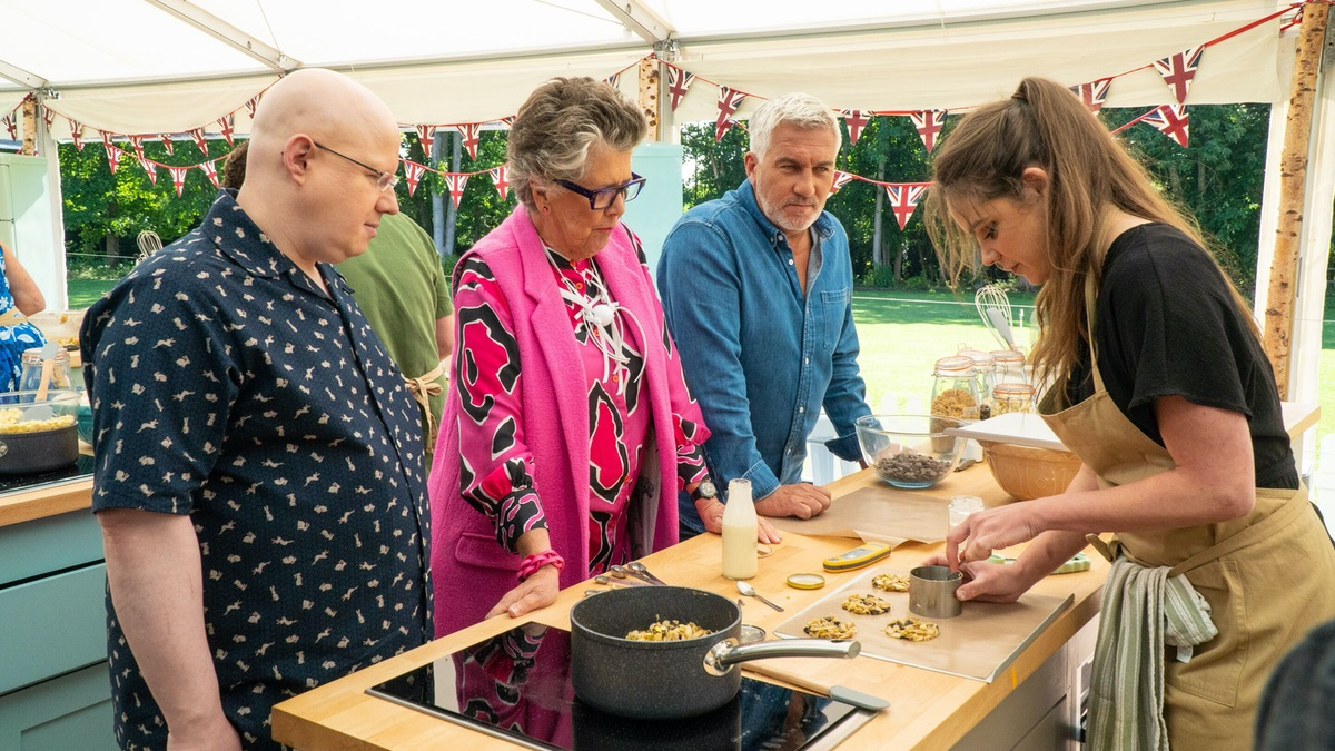 Great British Bake Off 2020 spoilers: Who left in biscuit week? | Great  British Bake Off 2020 | TellyMix