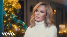 amanda holden christmas single