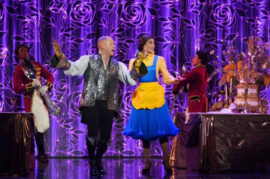 Robert Rinder performs Be Our Guest from Beauty and the Beast