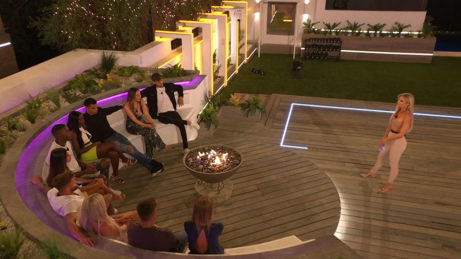 Love Island: Chloe decides who to couple up with.