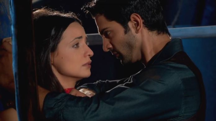 Arnav heroic rescue mission Khushi blurts huge blame