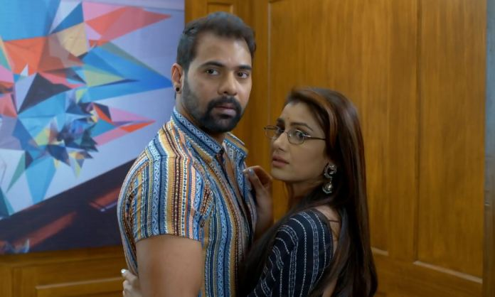 Kumkum Bhagya Pragya misses to confront Abhi