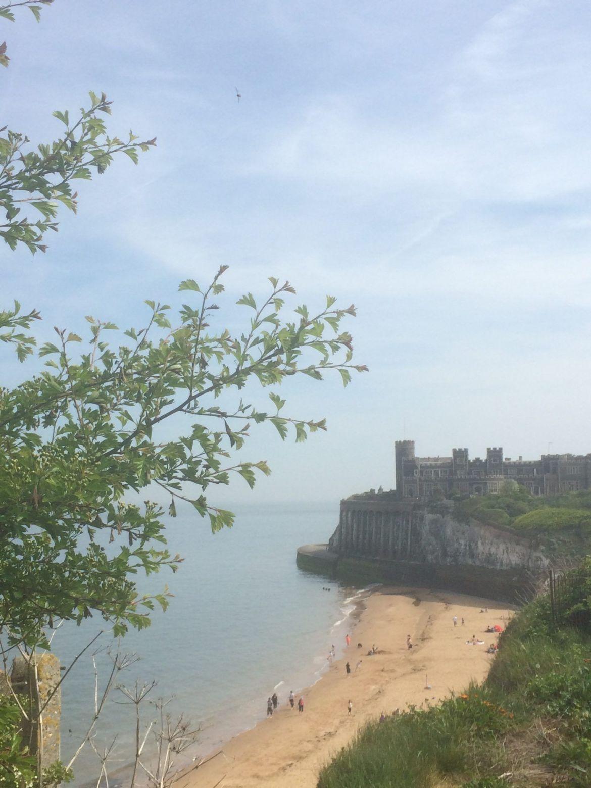 Castillo Kingsgate:Acantilados blancos del sur de Inglaterra