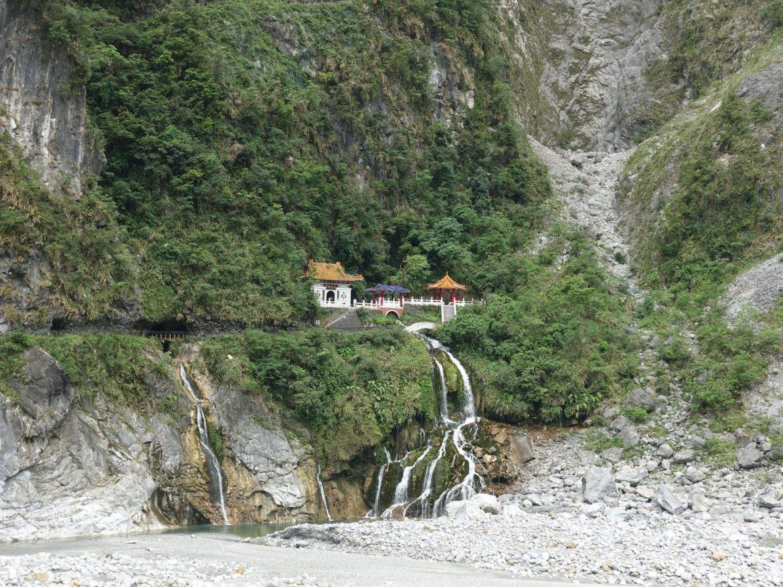 Guía para viajar al parque nacional de Taroko:Changchun Shrine Trail