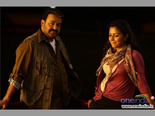 21 1492742575 blackmoney5 మోహన్లాల్ మీడియా గ్యారేజ్ ( బ్లాక్ మనీ మూవీ రివ్యూ ) | Malayalam super star Mohanlals thriller movie Black Money review