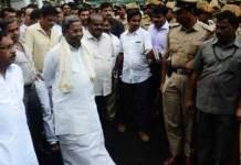 Karnataka Police stops Kumaraswamy at Raj Bhavan