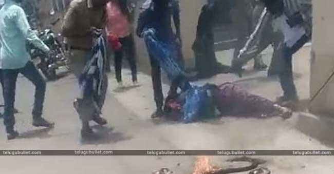 Lady Sucide Attempt At Boyinpalli Ps