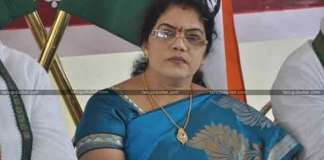 Killi Krupa Rani Quits Congress Party