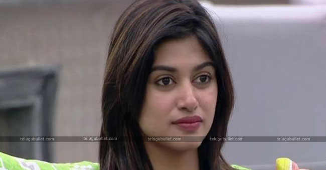 Oviya Comments About 90ml Movie