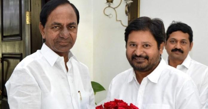 director shankar congratulations to cm kcr