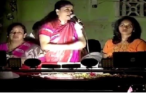 vijayashanthi supported to dhinakaran in bypoll election in rk nagar