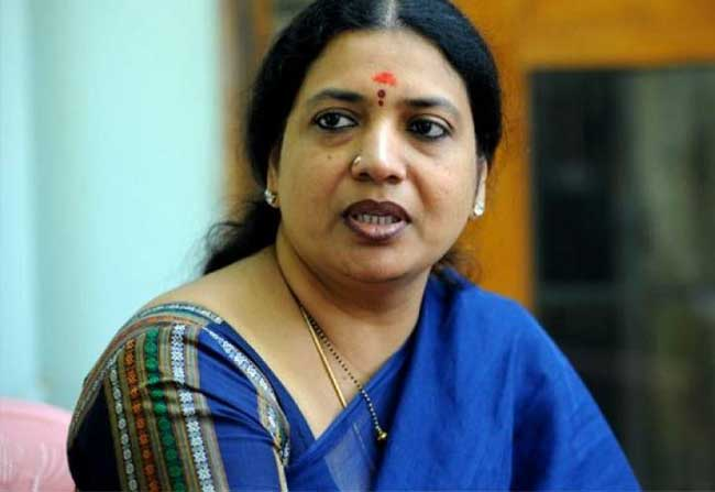 Jeevitha Support To Stars Involved In Drugs Case