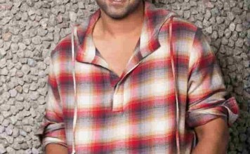 Again Prabhas Will not Give 4 Years Call Sheets