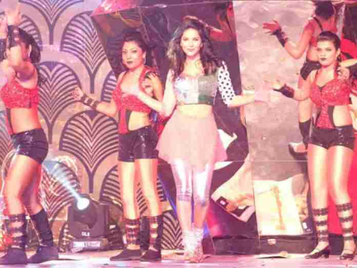 Sunny Leone In Pichi Reddy Birthday Bash