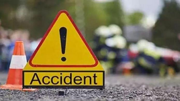 20 hurt as State Transport bus overturns on Mumbai-Goa Highway