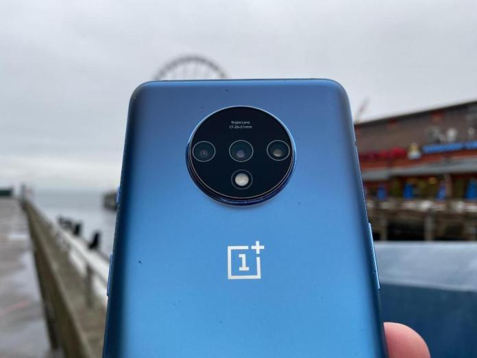 OnePlus 7T Receives OxygenOS Update with January 2020 Security Patch