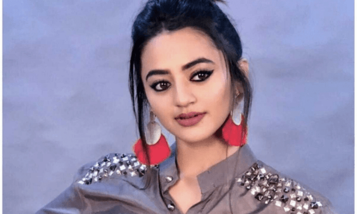 Helly Shah: TV actors don't get fair chance in Bollywood