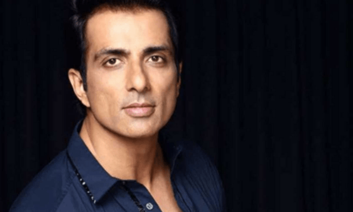 Sonu Sood: Not ready to enter politics at the moment