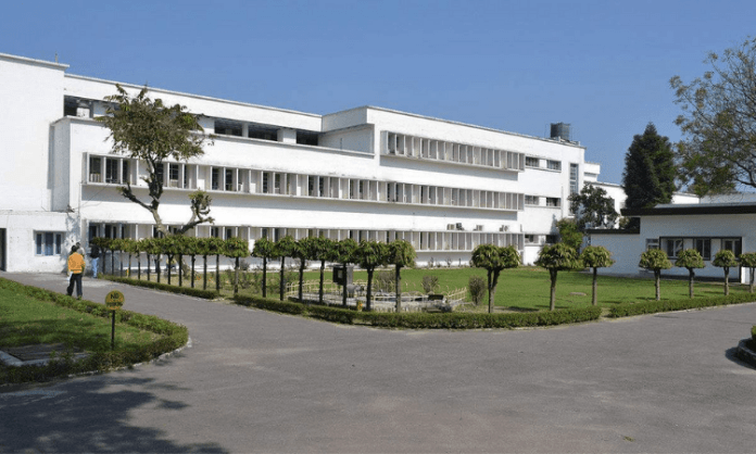 CSIR to be knowledge partner of UP