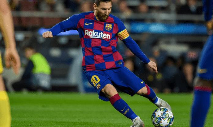 Messi scores twice as Barcelona beat Elche