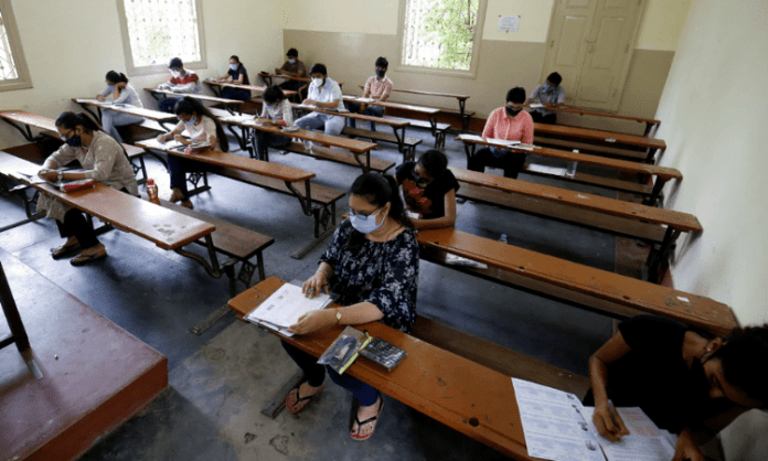 Govt has been very fair: SC on Centre's decision to conduct NEET-SS exam by old pattern