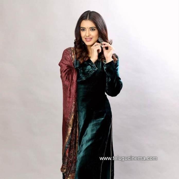 Malvika Sharma's simple look