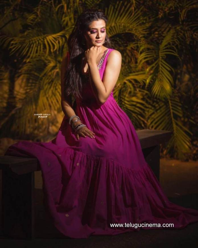 Priyamani in a pink attire