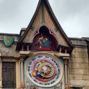 nilanka-urapelewwe-blog-voyage-telunfusee-france-parce-asterix-slider-travel-blog-15