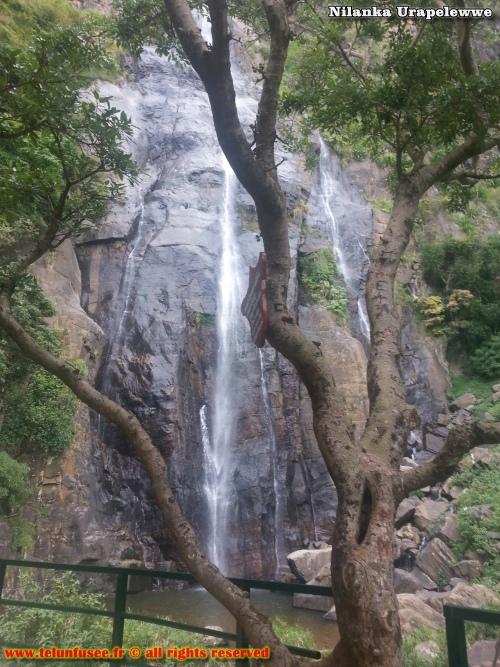 nilanka-urapelewwe-blog-voyage-sri-lanka-kalupahana-babarakande-falls-travel-blog-telunfusee-1