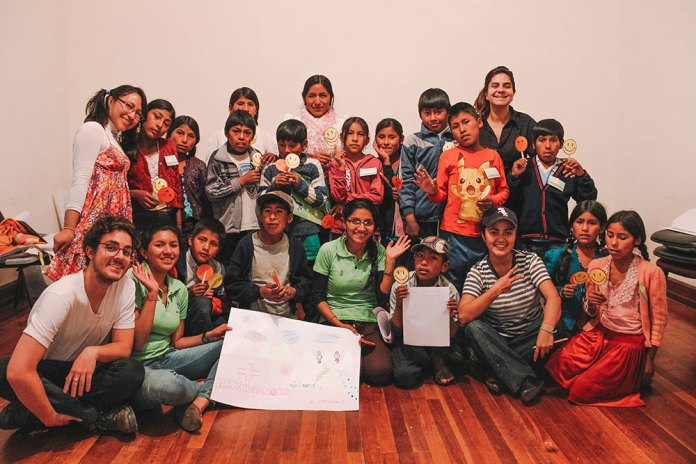Oficina de Direitos das Crianças e Adolescentes organizado pela ONG Biblioworks.