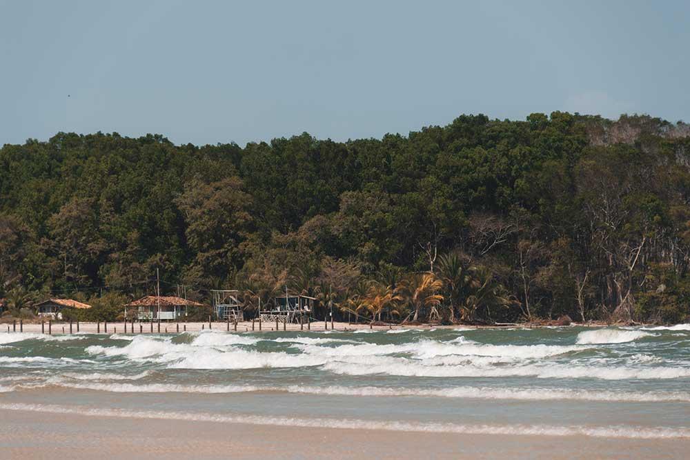 praia da barra velha, a mais frequentada da Ilha de Marajó