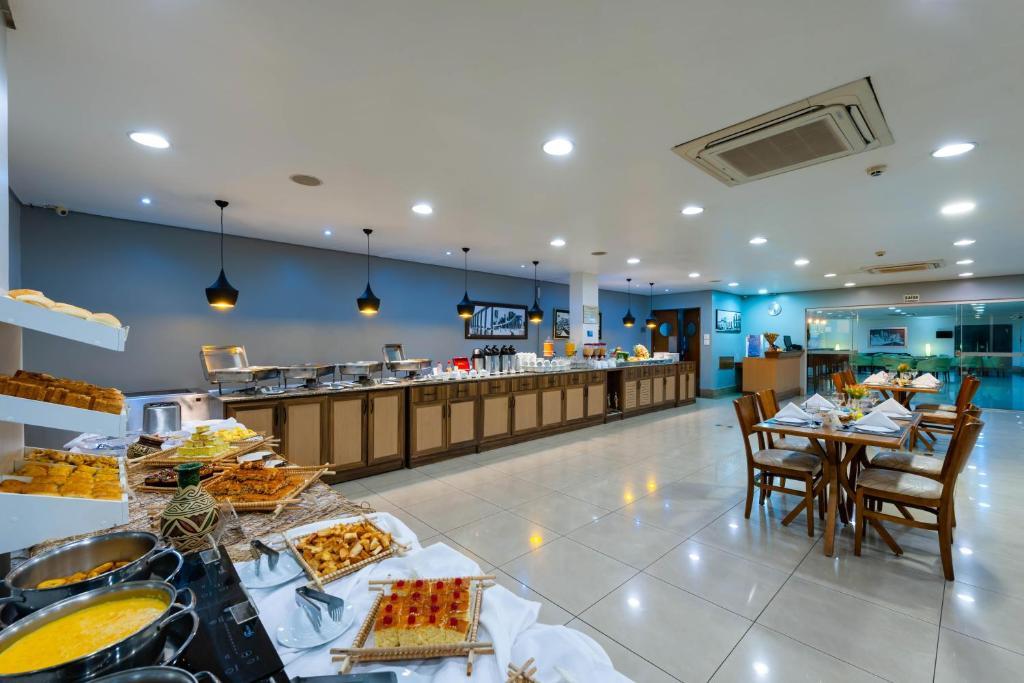 área do cafe da manha Blue Tree Premium Manaus