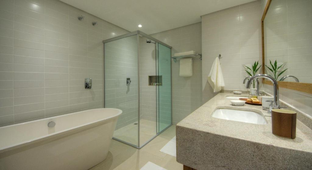 banheiros amplos do Hotel Villa Amazônia