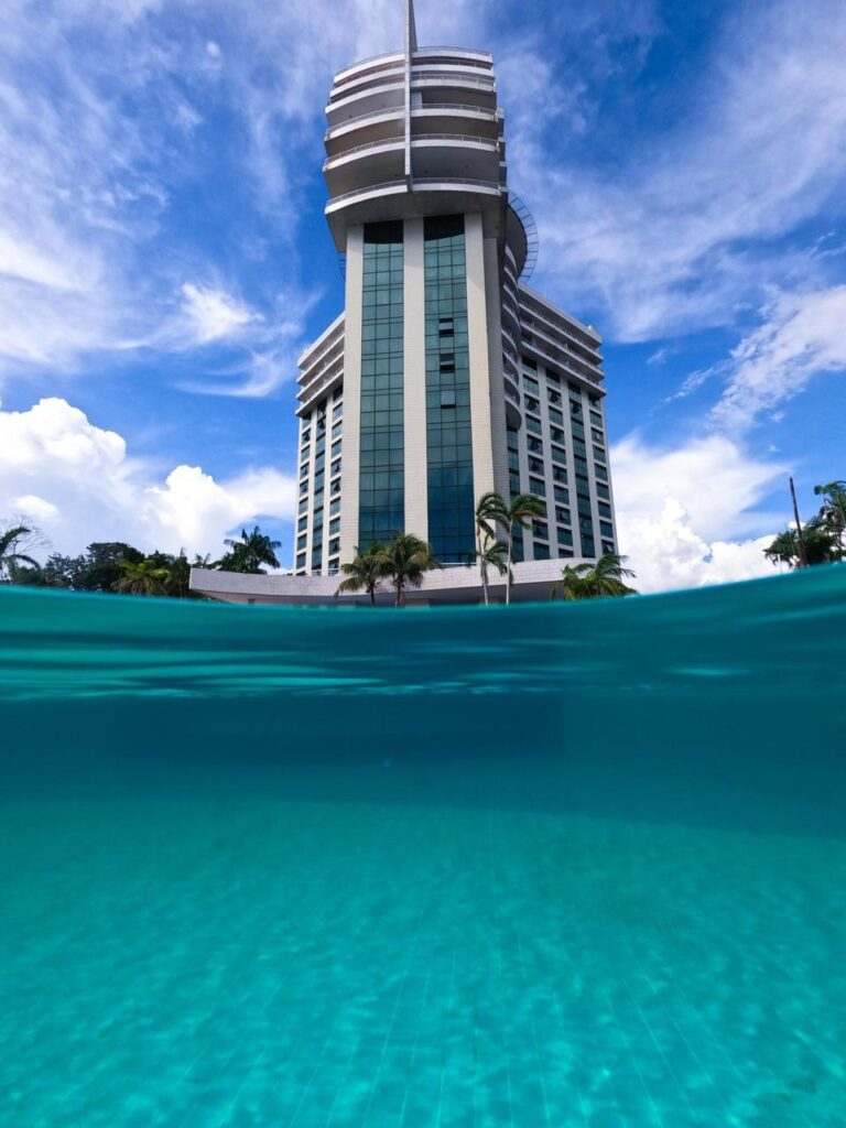 piscina do tropical executive