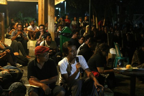Film Senyap - Gus Tulang & Nug Katjasungkana (dok. temansetaman)